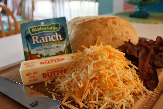 Grilled-Bacon-Cheddar-Bread-016