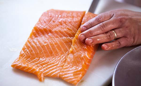 easy-grilled-salmon-method-600-1