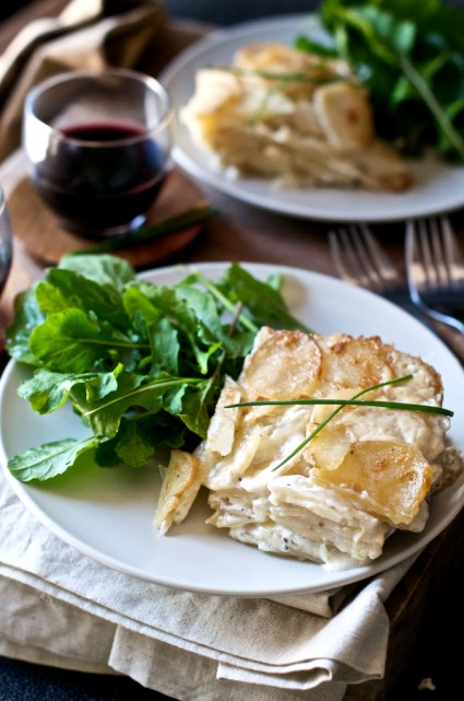 potatoes-au-gratin-daphinoise-recipe-425x641