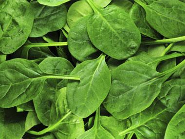 01-new-years-eve-food-greens-sl