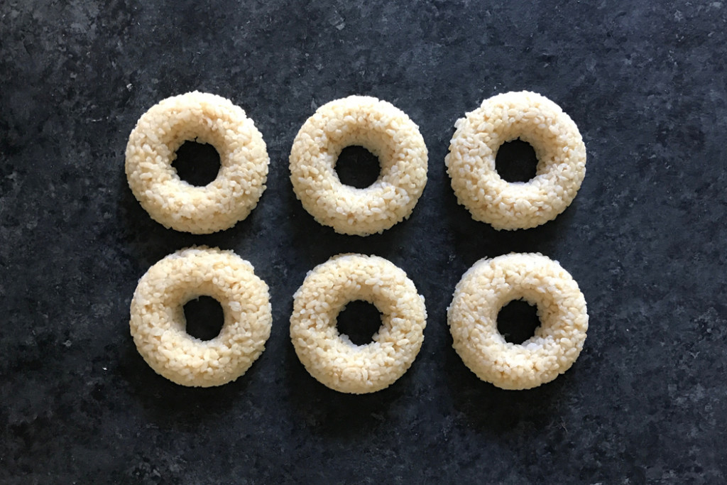 sushi-doughnuts-mold-rice-press-out
