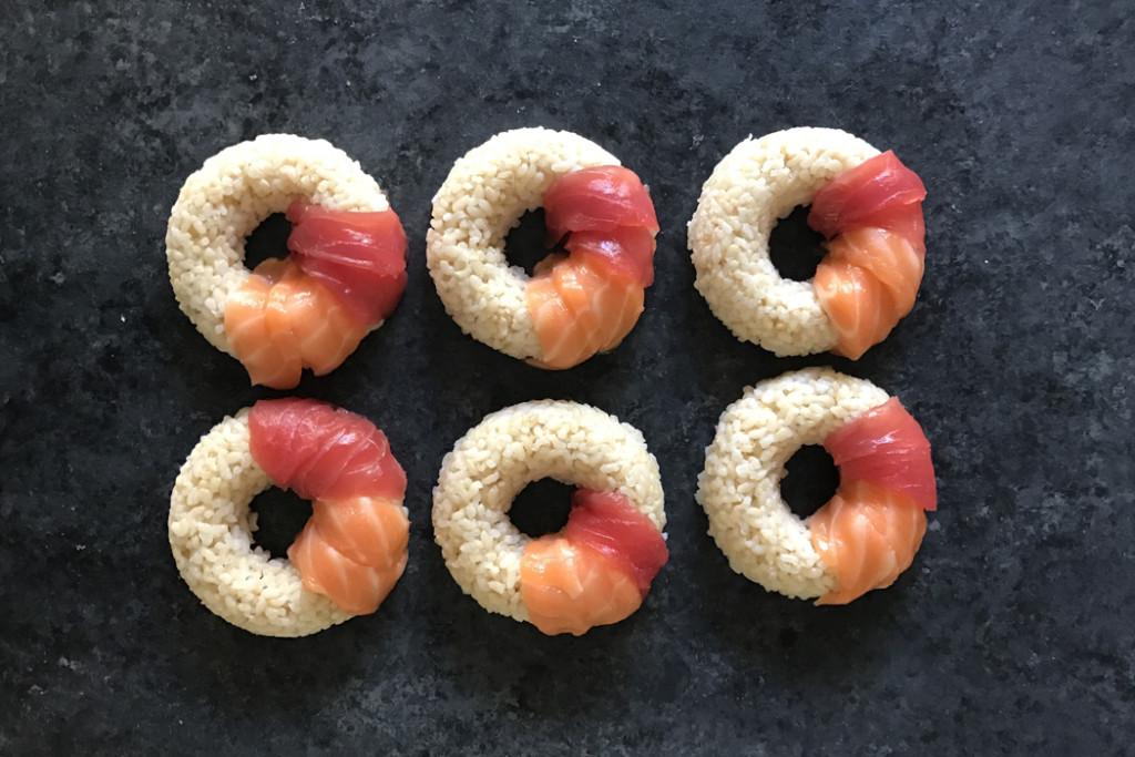 sushi-doughnuts-process-salmon-tuna