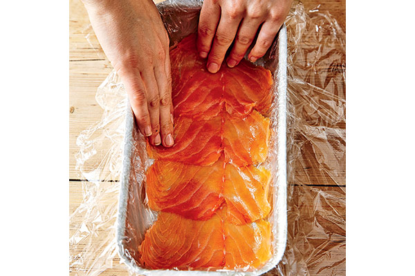 606424-1-eng-GB_how-to-make-a-salmon-terirne-2